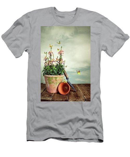 Old Plant Pot Men's T-Shirt (Athletic Fit)