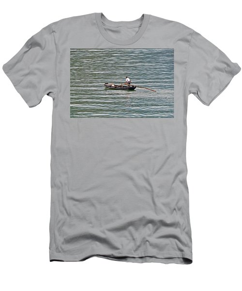 On The Yangtze Men's T-Shirt (Athletic Fit)