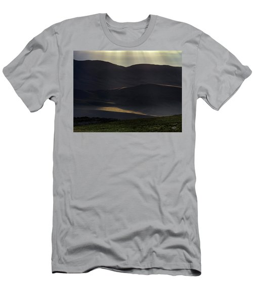 Men's T-Shirt (Slim Fit) featuring the photograph Oregon Mountains 1 by Leland D Howard
