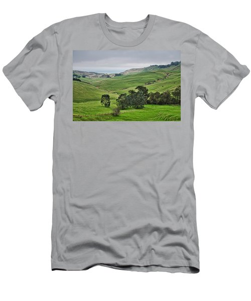 Men's T-Shirt (Athletic Fit) featuring the photograph Otago Peninsula II - New Zealand by Steven Ralser