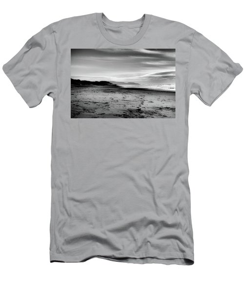 Outer Sunset Ocean Beach San Francisco Men's T-Shirt (Athletic Fit)
