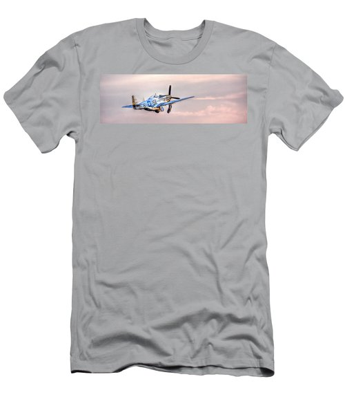 P-51 Mustang Taking Off Men's T-Shirt (Athletic Fit)