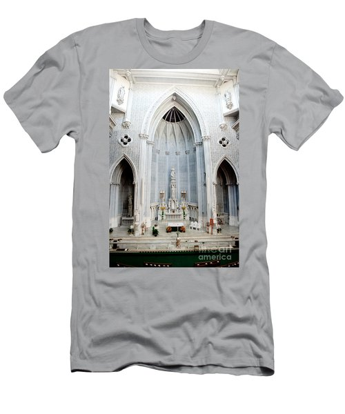 Panorama Of The Main Altar Of St. John The Evangalist Roman Catholic Church Schenectady Men's T-Shirt (Athletic Fit)