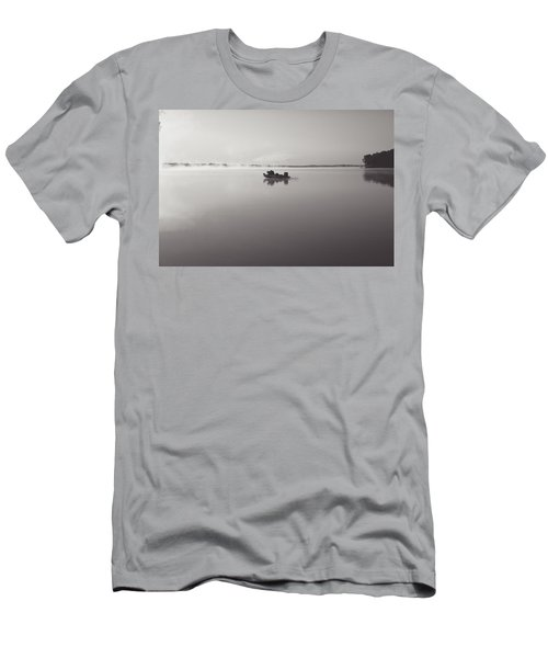 Peacefull Fishing Men's T-Shirt (Athletic Fit)