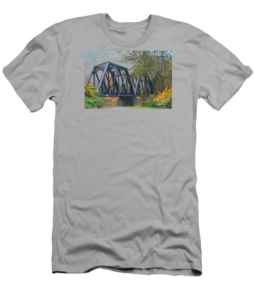 Pennsylvania Bridge Men's T-Shirt (Athletic Fit)