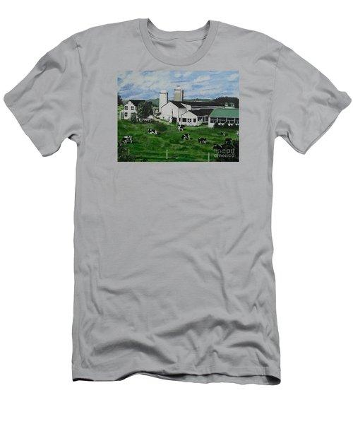 Pennsylvania Holstein Dairy Farm  Men's T-Shirt (Slim Fit)
