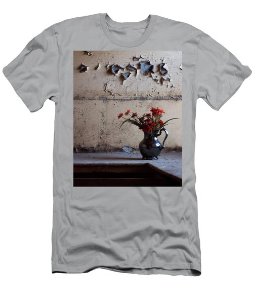 Petals And Peeling Paint - Preston Castle Men's T-Shirt (Athletic Fit)