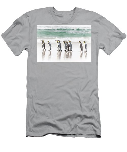 Pied Piper. Men's T-Shirt (Athletic Fit)