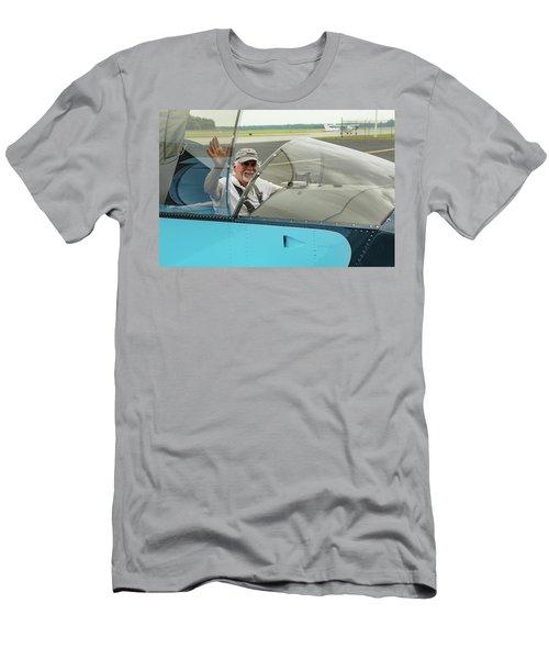 Pilot Vic Vicari Men's T-Shirt (Athletic Fit)