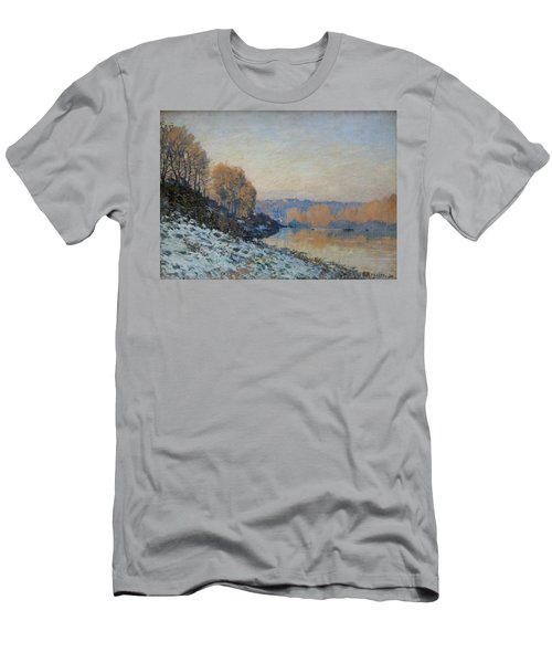 Port Marly, Hoarfrost  Men's T-Shirt (Athletic Fit)