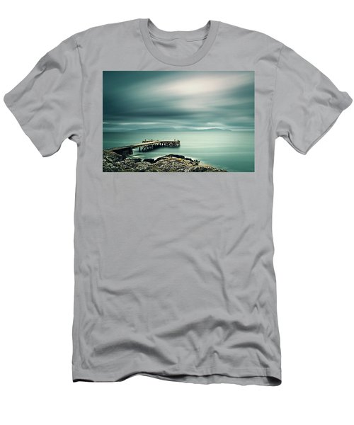 Portencross Pier Men's T-Shirt (Athletic Fit)