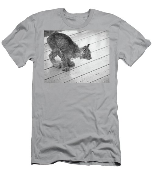 Crouching Kitty Men's T-Shirt (Athletic Fit)
