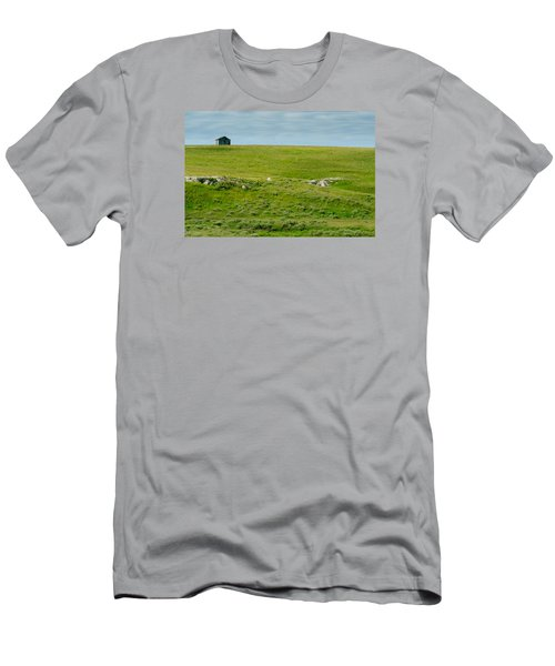 Red Hills Barn Men's T-Shirt (Athletic Fit)