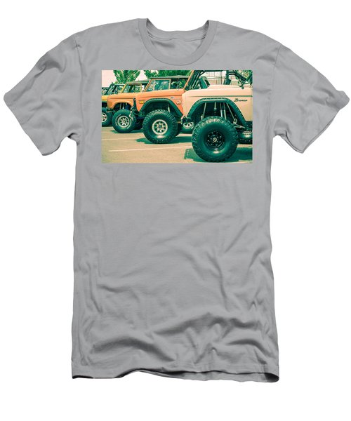 Retro Bronco Heaven Men's T-Shirt (Athletic Fit)