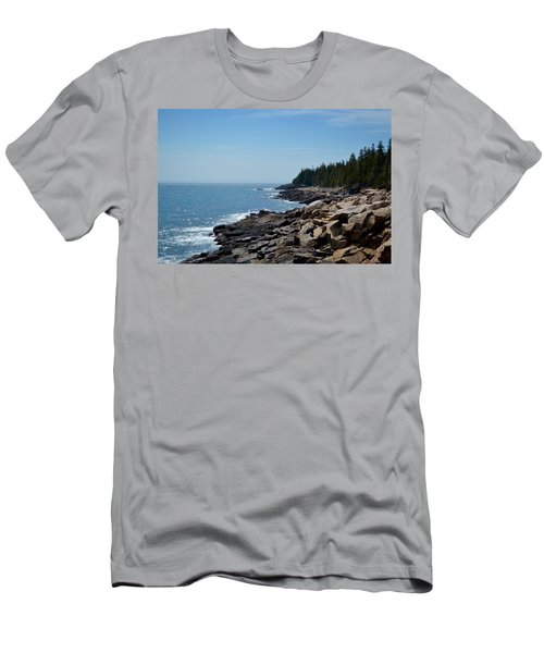 Rocky Summer Shore Men's T-Shirt (Athletic Fit)