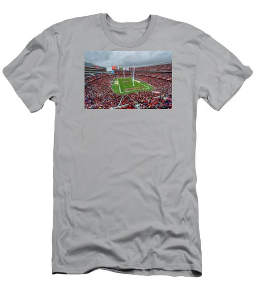 San Francisco 49ers Levi's Stadium Men's T-Shirt (Athletic Fit)