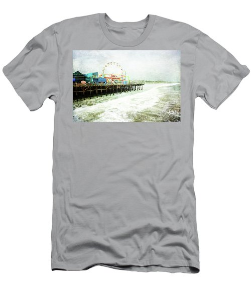 Santa Monica Pier Men's T-Shirt (Athletic Fit)