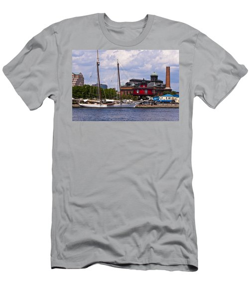 Seven Foot Knoll Lighthouse - Baltimore Men's T-Shirt (Athletic Fit)