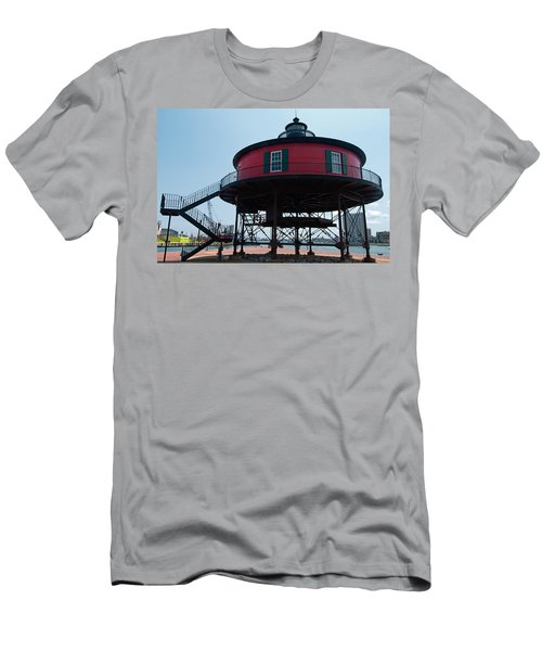 Seven-foot Knoll Lighthouse Men's T-Shirt (Athletic Fit)