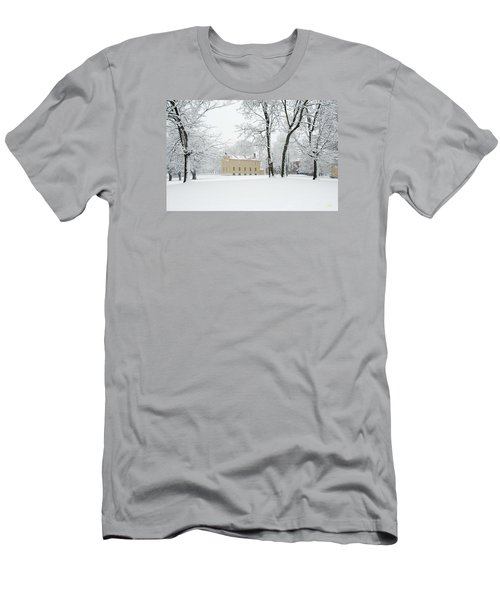 Shaker Winter Men's T-Shirt (Athletic Fit)