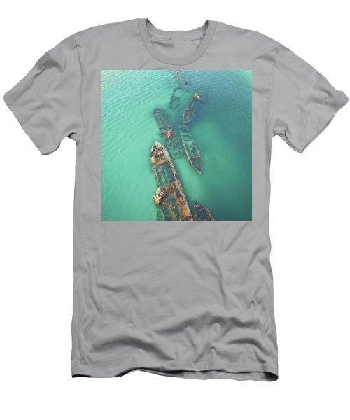 Shipwrecks Men's T-Shirt (Athletic Fit)