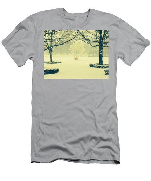 Shuttlecock In The Snow Men's T-Shirt (Athletic Fit)