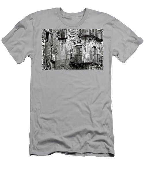 Sicilian Medieval Facade Men's T-Shirt (Athletic Fit)