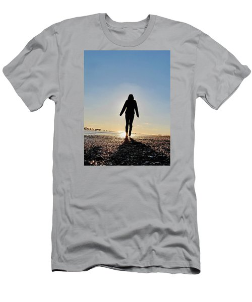 Sillhouette At Sea Men's T-Shirt (Athletic Fit)