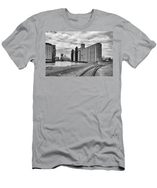 Silos 15220 Men's T-Shirt (Athletic Fit)