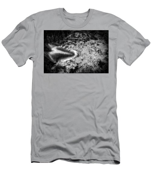 Silver Drops Men's T-Shirt (Athletic Fit)