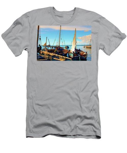 Sleepy Sail Boats Zanzibar Men's T-Shirt (Athletic Fit)