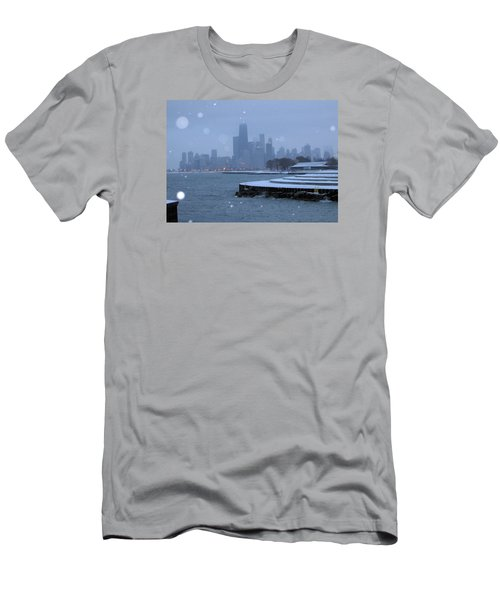 Snowy Chicago Men's T-Shirt (Athletic Fit)