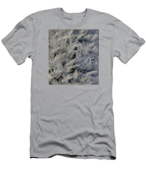 Snowchrystals  Men's T-Shirt (Slim Fit)