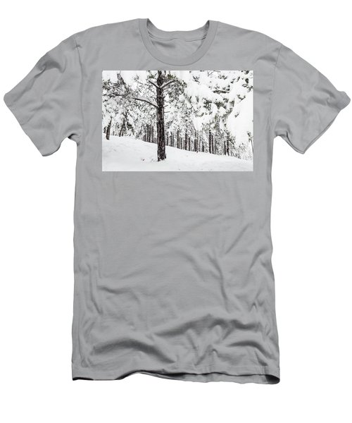 Snowy-4 Men's T-Shirt (Athletic Fit)