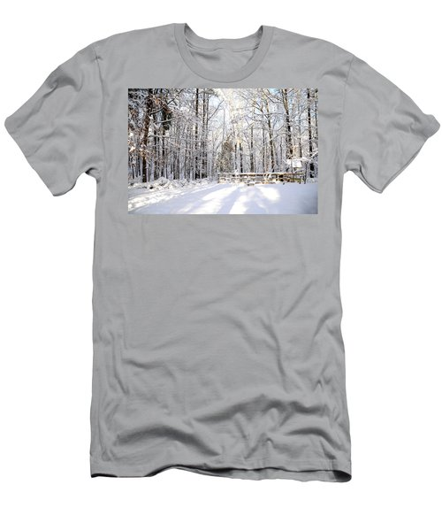 Snowy Chicken Coop Men's T-Shirt (Athletic Fit)