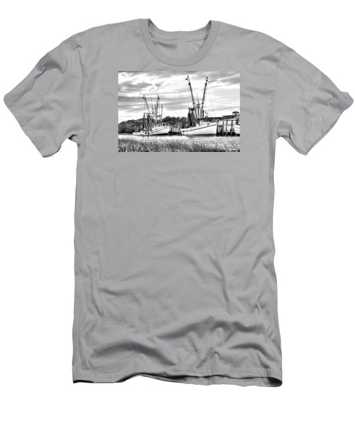 St. Helena Shrimp Boats Men's T-Shirt (Athletic Fit)