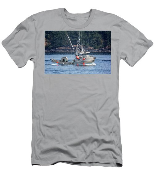 Sun Fisher Off Campbell River Men's T-Shirt (Athletic Fit)