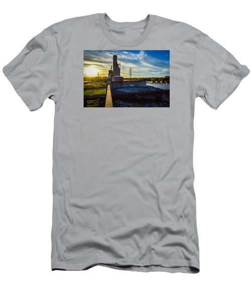 Sunset At The Flood Wall Men's T-Shirt (Athletic Fit)