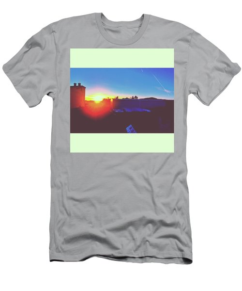 #sunset #bluesky #sun #l4l #lfl Men's T-Shirt (Athletic Fit)