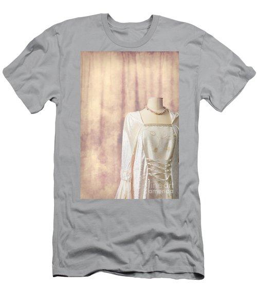 Tailors Dummy Men's T-Shirt (Athletic Fit)