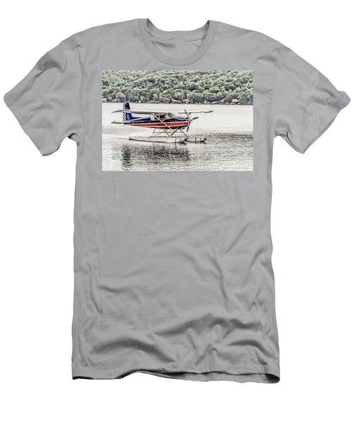 The Float Men's T-Shirt (Athletic Fit)