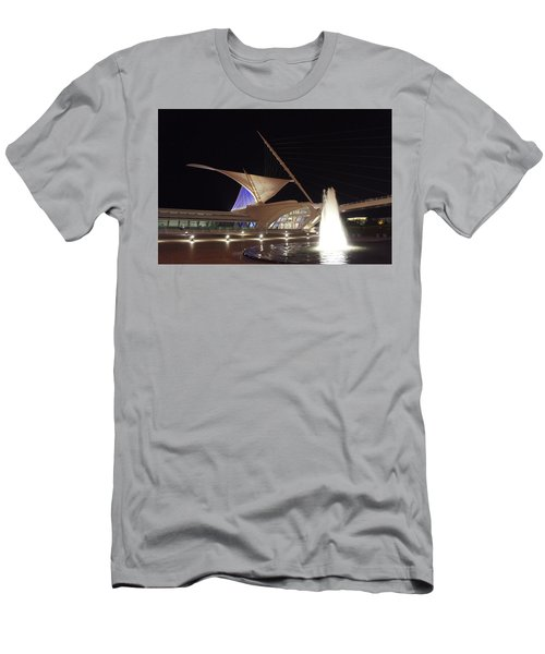The Milwaukee Art Museum  Men's T-Shirt (Athletic Fit)