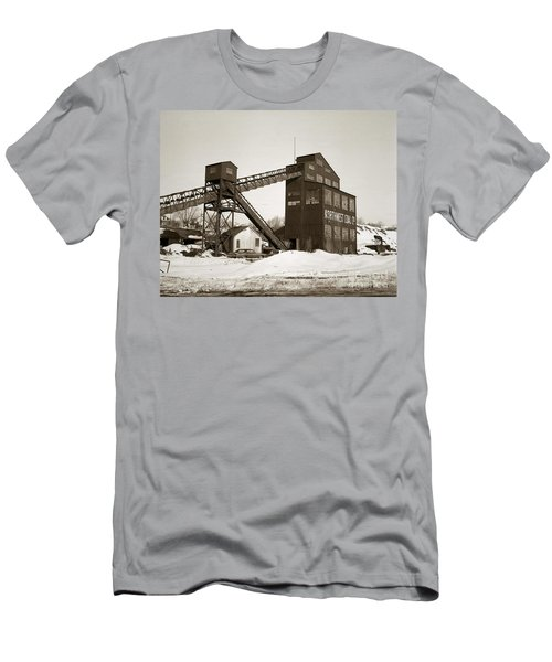 The Northwest Coal Company Breaker Eynon Pennsylvania 1971 Men's T-Shirt (Athletic Fit)