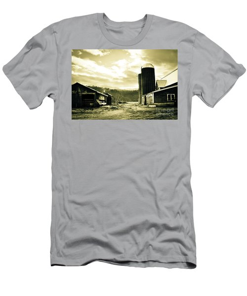 The Old Farm Men's T-Shirt (Athletic Fit)