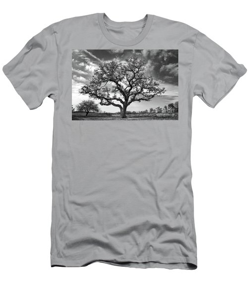 The Sentinel Bw Men's T-Shirt (Athletic Fit)