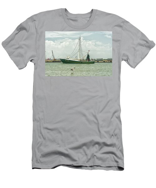 The Van Lang Men's T-Shirt (Athletic Fit)