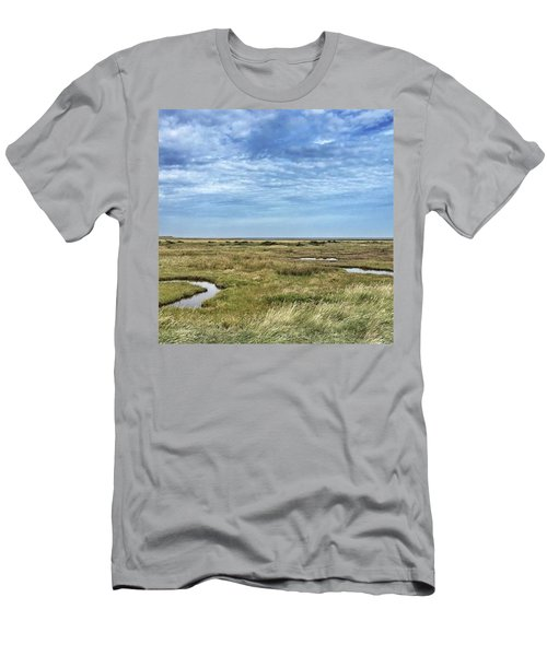 Thornham Marshes, Norfolk Men's T-Shirt (Athletic Fit)
