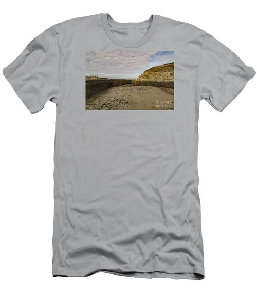 Tide Out Portreath Men's T-Shirt (Slim Fit) by Brian Roscorla
