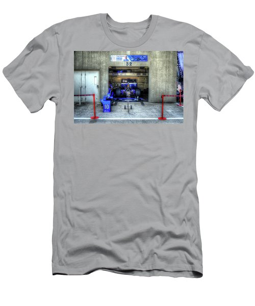 Tony Kanaan Indy Men's T-Shirt (Athletic Fit)