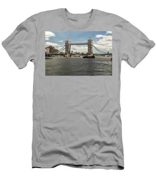 Tower Bridge A Men's T-Shirt (Athletic Fit)